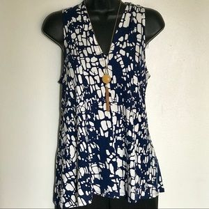 Hourglass Lilly Tops - Hourglass Lilly V Neck Tank  -Navy/Ivory